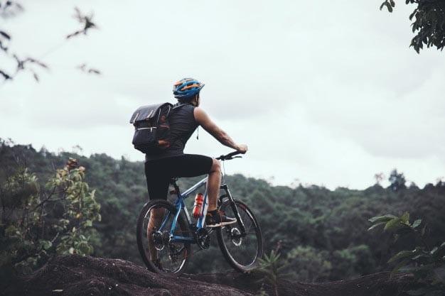 ¿Qué llevar cuando montas en bicicleta?